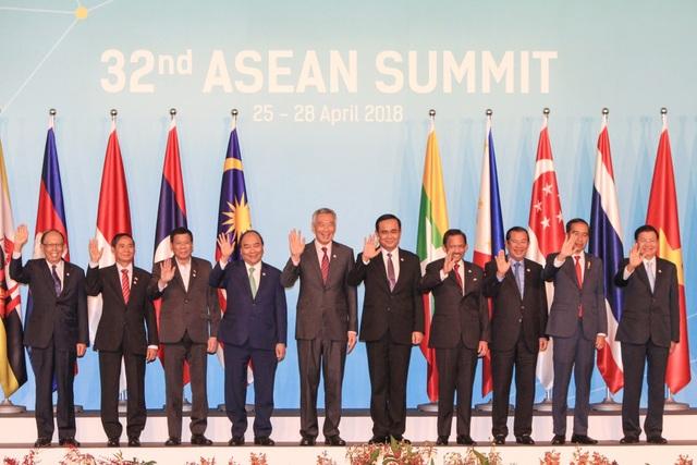 Thủ tướng Nguyễn Xuân Phúc và lãnh đạo các nước ASEAN