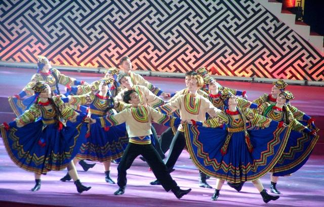 Những điệu nhảy truyền thống của xứ sở Bạch Dương làm cho khán giả phấn khích