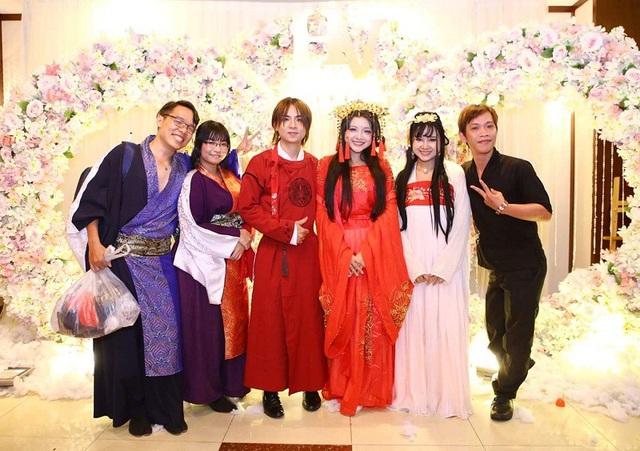 Các khách mời đều được khuyến khích mặc đồ cosplay