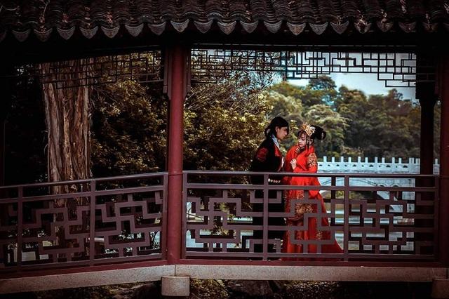 Bộ ảnh cưới chụp Hán phục tại Singapore của cặp đôi