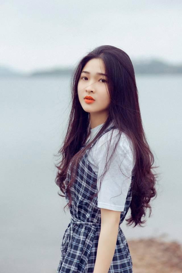 Nhan sắc của Kim Khánh