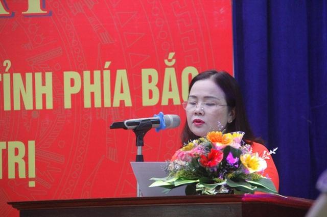 TS. Lê Thị Hương – Giám đốc Sở GD-ĐT tỉnh Quảng Trị nhấn mạnh đóng góp của các giáo viên đi B
