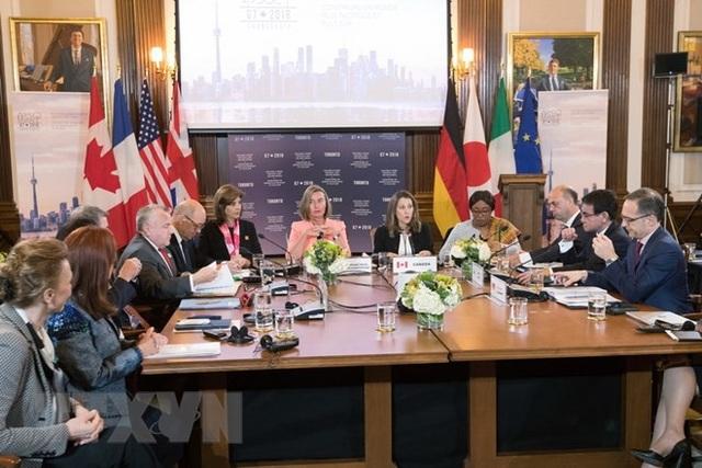 Các Ngoại trưởng Nhóm G7 thảo luận tại hội nghị ở Toronto, Canada. (Nguồn: AFP/TTXVN)