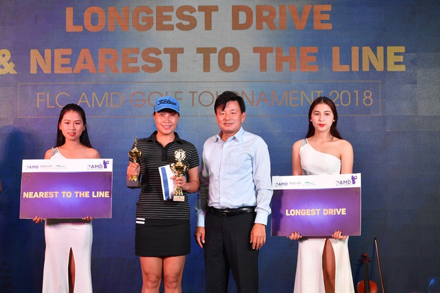 Golfer Nguyễn Minh Tuấn đã đoạt ngôi vô địch FLC AMD Golf Tournament 2018 - 4