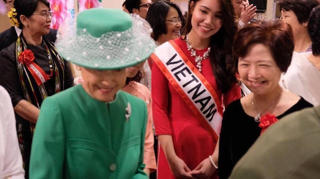 Quỳnh Anh bộc lộ khả năng lãnh đạo, cô giành giải thưởng Nhà lãnh đạo trẻ xuất sắc tại trường Đại học Tokyo năm 2017.