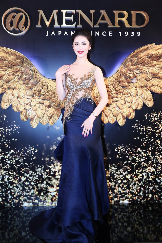 Nói về việc đồng hành cùng NTK Hoàng Hải, đại diện Menard cho biết, mục đích của thương hiệu Nhật Bản này là truyền cảm hứng, hướng mọi người đến cuộc sống tươi đẹp và mang hạnh phúc lại cho phụ nữ, hướng họ đến sự hoàn mỹ. Đó là lý do Menard luôn luôn bên cạnh NTK Hoàng Hải, vì cả hai tìm được điểm chung trong việc hướng đến cái đẹp hoàn mỹ. Chính vì vậy, Riyo Mori như hiện thân của sắc đẹp vượt thời gian, biểu tượng vẻ đẹp của phụ nữ Nhật Bản và cũng là biểu tượng sắc đẹp bền vững của những Hoa hậu đã đăng quang Hoa hậu Hoàn Vũ.