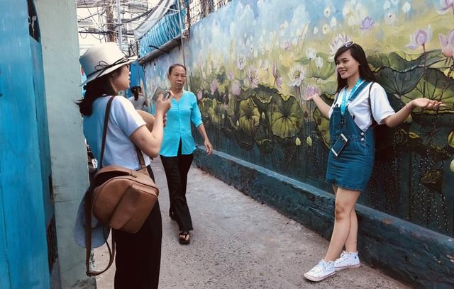"""Đến Đà Nẵng dịp lễ 30/4, nhớ """"check in"""" làng bích hoạ mới toanh - 10"""