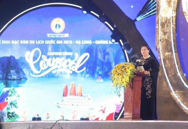 Bà Nguyễn Thị Kim Ngân, Ủy viên Bộ Chính trị, Chủ tịch Quốc hội phát biểu chỉ đạo tại buổi lễ (ảnh QTV)