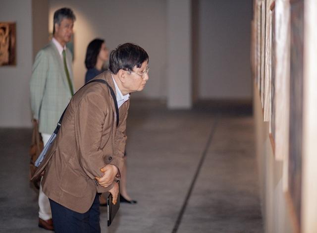 """NSƯT Thanh Lam: """"Tranh của họa sĩ Phạm Lực gợi cho tôi ký ức về ba"""" - 7"""