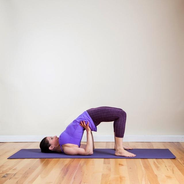 10 bài tập thể dục hiệu quả trên thảm cá nhân - 10