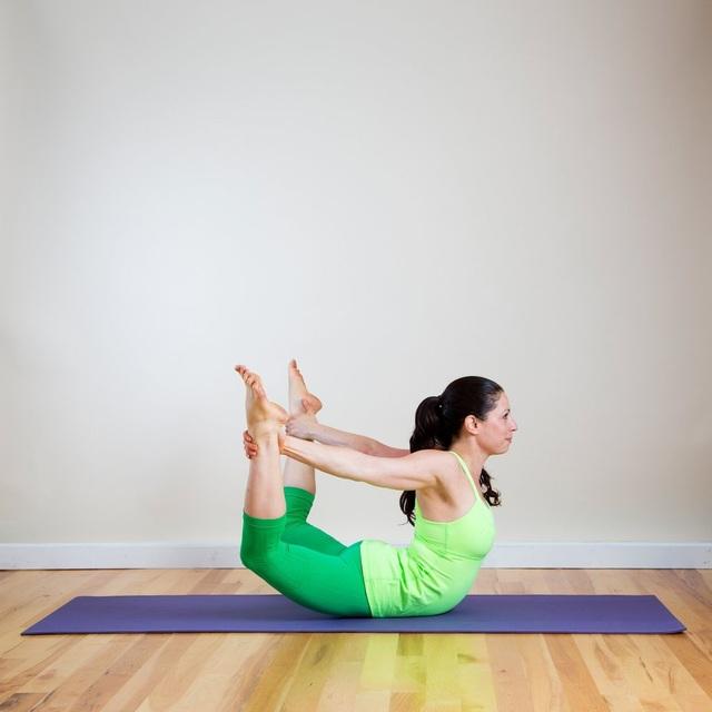 10 bài tập thể dục hiệu quả trên thảm cá nhân - 8