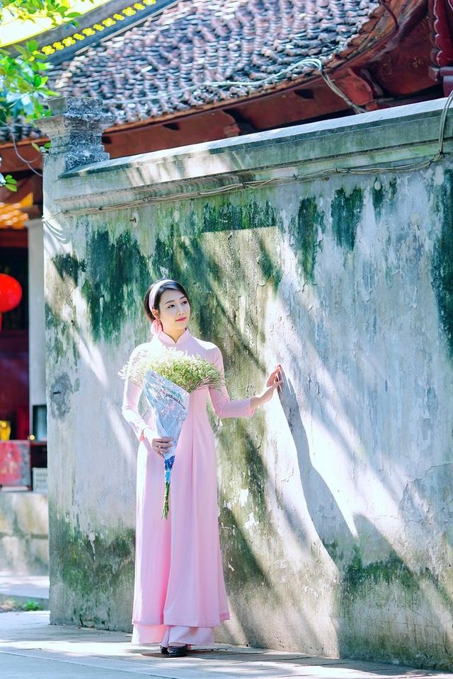 Vẻ đẹp dịu dàng của cô gái Hà thành trong những ngày nắng nhẹ - 15