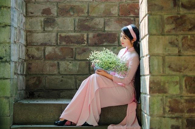 Vẻ đẹp dịu dàng của cô gái Hà thành trong những ngày nắng nhẹ - 3