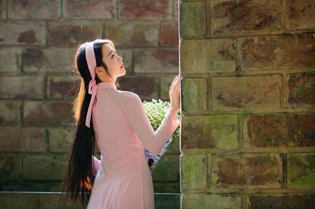 Vẻ đẹp dịu dàng của cô gái Hà thành trong những ngày nắng nhẹ - 4
