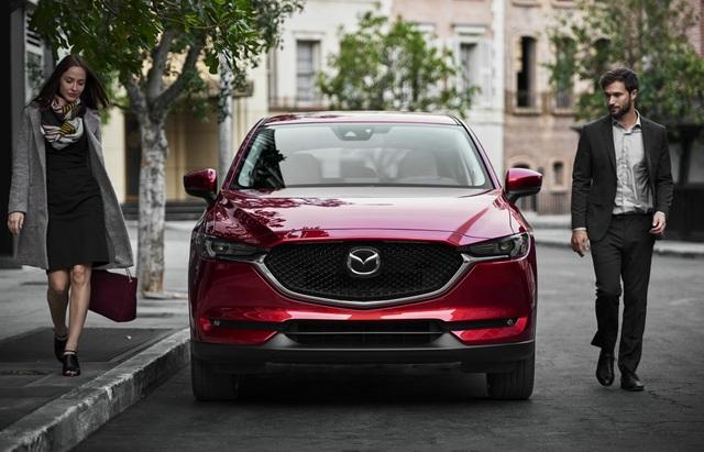 CX5 và CRV là cặp đôi luôn gây sự chú ý của giới chuyên gia xe và khách hàng trong suốt thời gian qua.