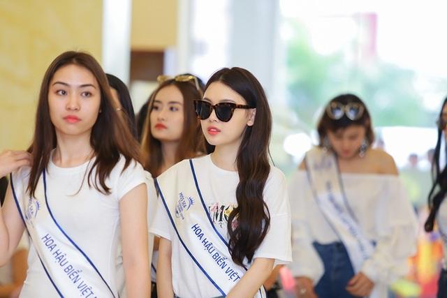 Nhan sắc Top 70 Hoa hậu biển hai miền lộ diện trước đêm Bán kết - 6