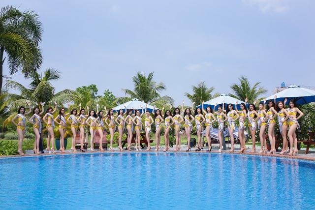 Các ứng viên Hoa hậu biển Việt Nam toàn cầu hoàn toàn lột xác, tự tin khoe hình thể nóng bỏng và gợi cảm với loạt ảnh bikini đầu tiên.