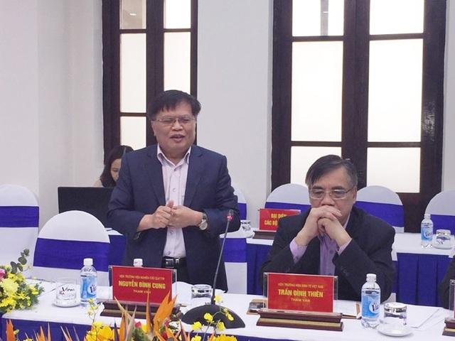 2 chuyên gia kinh tế Nguyễn Đình Cung, Trần Đình Thiên là thành viên Tổ tư vấn của Thủ tướng tham dự cuộc kiểm tra tại Vicem
