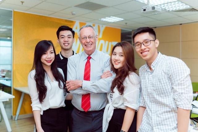 Cùng với Lê, hơn 2500 học viên tại GLN đã bước đầu thực hiện được ước mơ chinh phục Anh ngữ của mình với điểm số 7.0 – 8.5 IELTS.