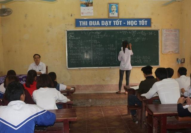 Các trường học tích cực tổ chức ôn tập kiến thức cho học sinh chuẩn bị bước vào kỳ thi THPT Quốc gia năm 2018