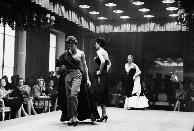 Trăm năm lịch sử thời trang nhìn từ sàn catwalk - 8
