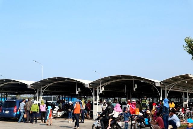 Các điểm vui chơi, tham quan tại Quảng Nam đông nghịt khách dịp lễ - 9