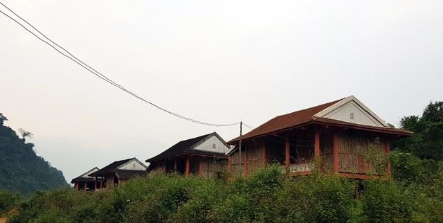 Hoang lạnh khu tái định cư cho người Đan Lai nơi đại ngàn! - 18