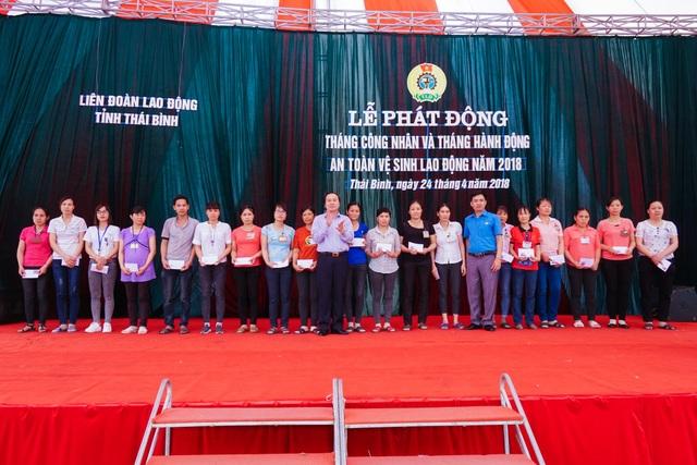 Nhiều hoạt động chào mừng Tháng công nhân tỉnh Thái Bình - 3