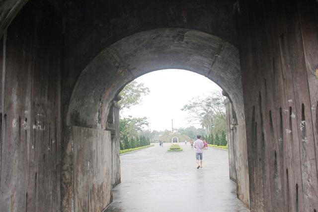 Cổng thành còn nguyên vẹn ở Thành cổ Quảng Trị