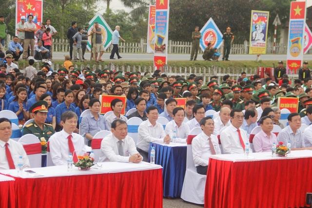 Lãnh đạo Trung ương và địa phương tham dự Lễ Thượng cờ