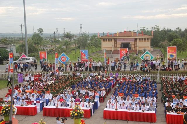 Đông đảo cán bộ, nhân dân tham dự ngày hội mừng Kỷ niệm đất nước thống nhất
