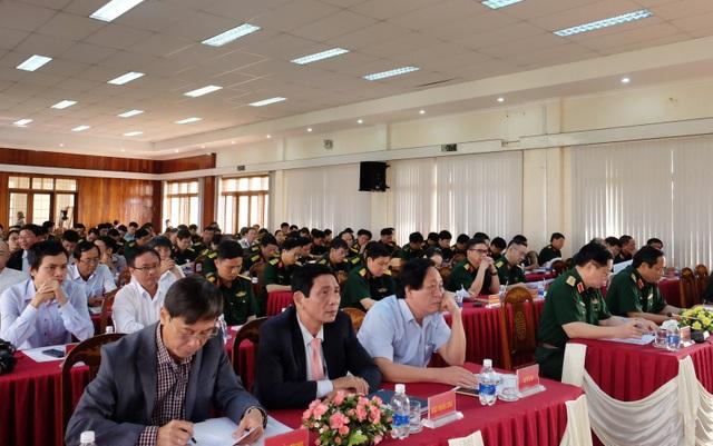 Đại diện các cơ quan báo, đài trong và ngoài quân đội tham dự Hội nghị