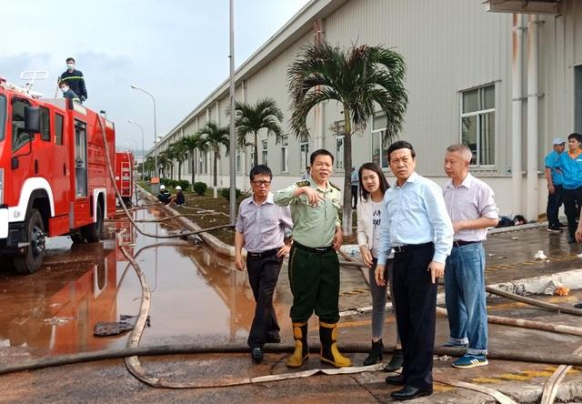 Ông Nguyễn Văn Thành, Phó chủ tịch UBND tỉnh trực tiếp đến hiện trường chỉ đạo (ảnh Cổng TTĐT tỉnh)