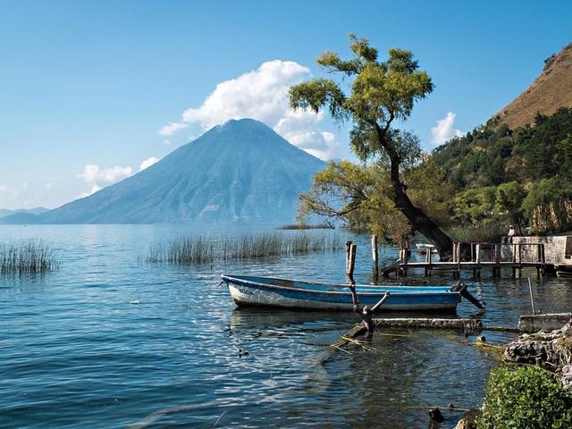 15 hồ có vẻ đẹp hút hồn nhất thế giới - 13