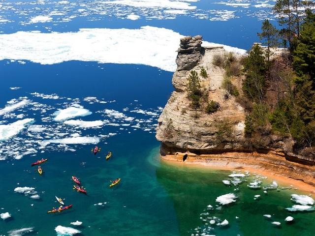 15 hồ có vẻ đẹp hút hồn nhất thế giới - 14