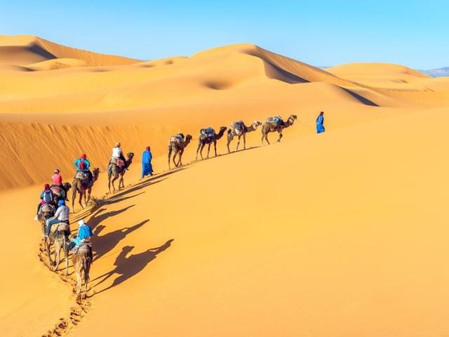 8 sa mạc tuyệt đẹp thổi bay tâm trí bất kì du khách nào - 2