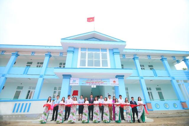 Trường mầm non Duy Ninh khang trang, vững chãi vừa được khánh thành vào cuối tháng 3 vừa qua trong niềm hân hoan của các thầy trò tại đây.