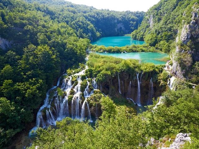 15 hồ có vẻ đẹp hút hồn nhất thế giới - 9