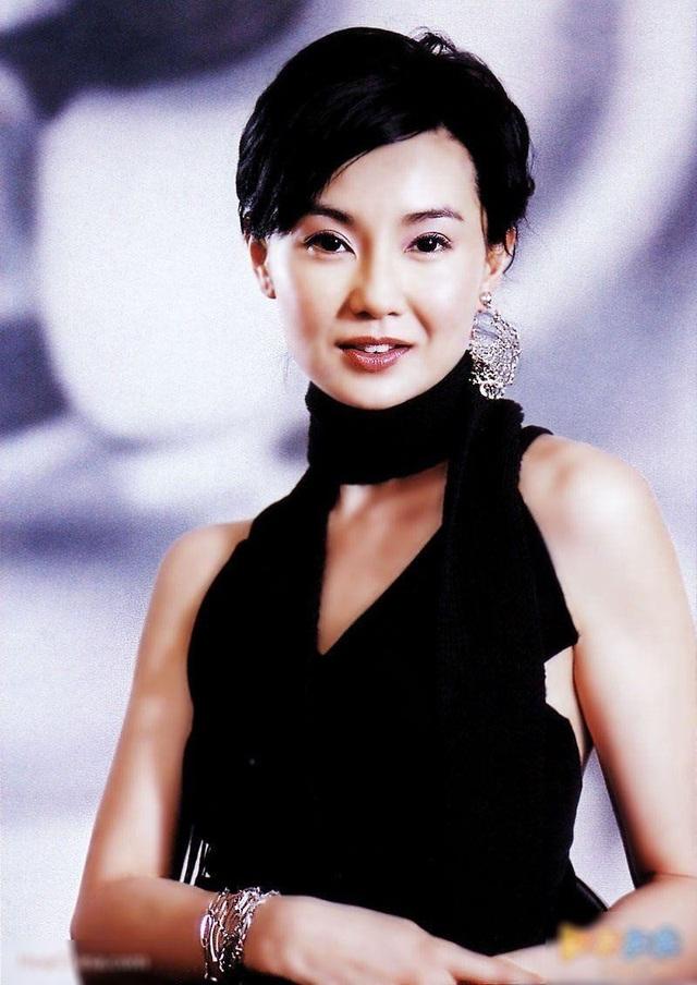 Nữ diễn viên Trương Mạn Ngọc (53 tuổi) từng là nhân viên hỗ trợ bán hàng.
