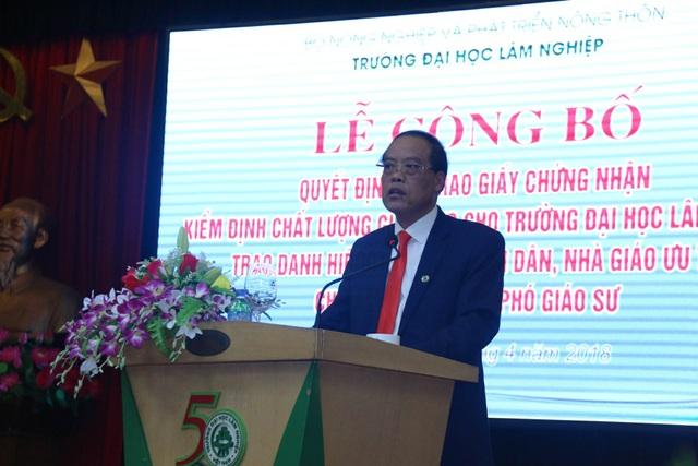 GS.TS Trần Văn Chứ, Hiệu trưởng trường ĐH Lâm Nghiệp Việt Nam
