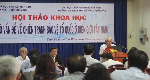 Hội thảo về Một số vấn đề về chiến tranh bảo vệ Tổ quốc ở biên giới Tây Nam diễn ra tại trường ĐH KHXH&NV TPHCM thu hút nhiều nhà sử học có tiếng tham dự