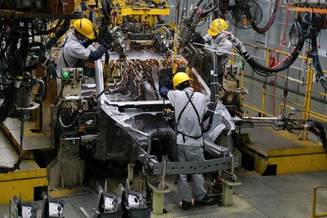 Các cơ quan đề nghị cho rằng: Sản xuất xe trong nước đang bất lợi với xe nhập khẩu (Ảnh mianh họa)