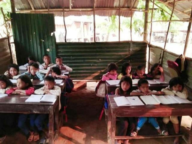Nhiều phòng học tạm tại huyện miền núi cần được đầu tư
