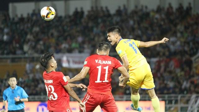SL Nghệ An một lần nữa đánh bại CLB TPHCM trong mùa giải 2018