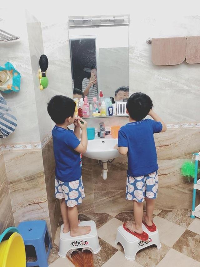 Được biết, vì muốn có không gian vui chơi cho các con và tiện trong việc chăm con mà Hoàng Linh đã quyết định rao bán căn nhà để sau đó chuyển sang mua chung cư.