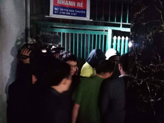 Công an khám nhà cựu Trung tướng Phan Văn Vĩnh - 2