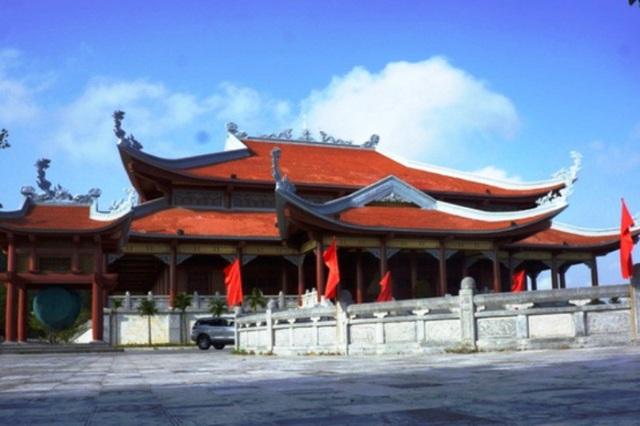Khu tượng đài Mẹ Việt Nam anh hùng