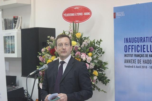 Đại sứ Bertrand Lortholary phát biểu tại lễ khai trương chi nhánh mới của Viện Pháp tại Hà Nội.