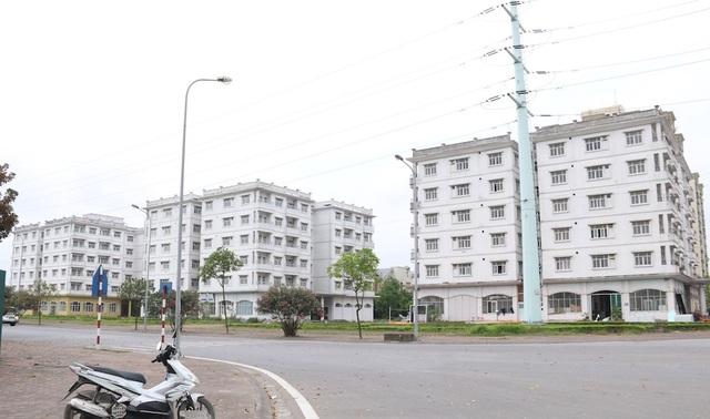 Ba đơn nguyên với tổng số 150 căn hộ thuộc dự án nhà tái định cư do Handico3 đầu tư thuộc khu đô thị mới Sài Đồng được triển khai từ năm 2001-2006. Mục đích tái định cư tại chỗ khi thực hiện dự án giải phóng mặt bằng, mở rộng tuyến phố Sài Đồng nằm trong khu đô thị Sài Đồng (Long Biên, Hà Nội).