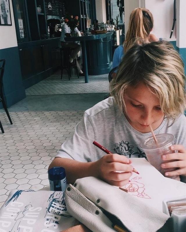 Cậu bé mong muốn được trở thành nghệ sĩ xăm hình thực thụ khi trưởng thành